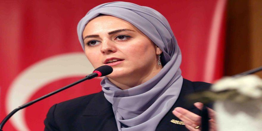 Nilhan Osmanoğlu'ndan Nü Sergiyle İlgili Açıklama