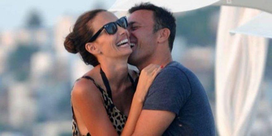 Ayrılık iddialarına Emina-Mustafa Sandal çiftinden yanıt