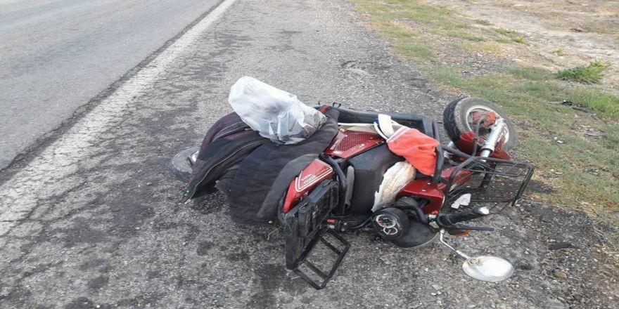 Otomobille Elektrikli Bisiklet Çarpıştı: 2 Ölü, 2 Yaralı