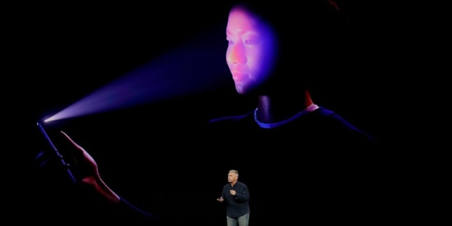 Apple'dan FaceID iddiasına anında cevap