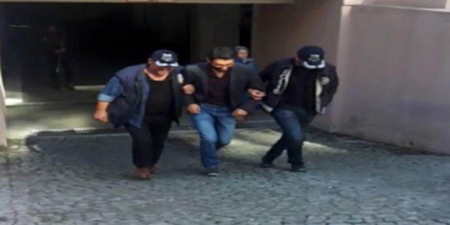 İzmir'de Avukatlara Dhkp/c Operasyonu