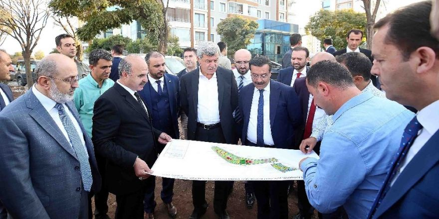 Başkan Karaosmanoğlu, Diyarbakır'daki Projeleri Yerinde Denetledi