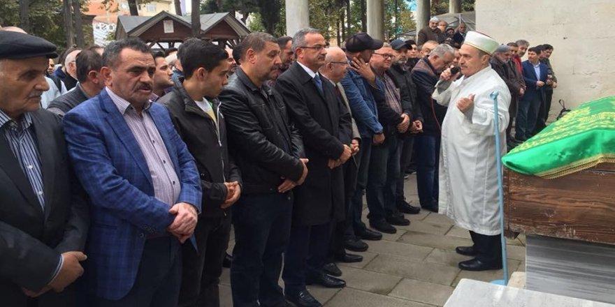 Gazeteci Münip Özköse hayatını kaybetti!