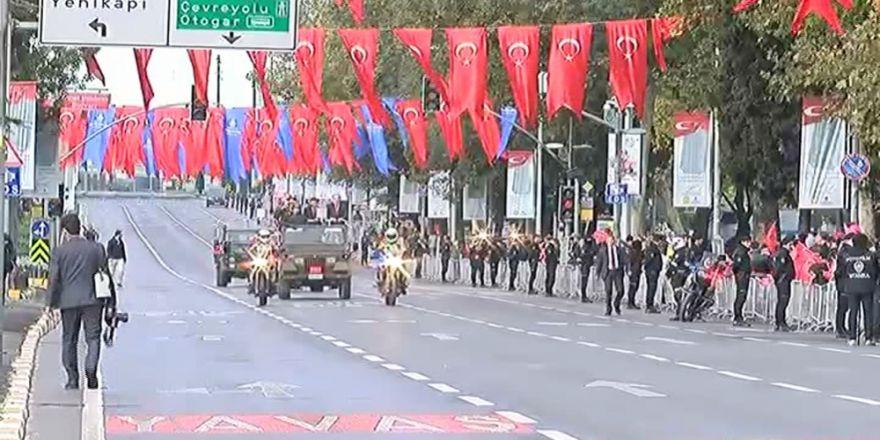 Vatan Caddesi'nde '29 Ekim' Coşkusu