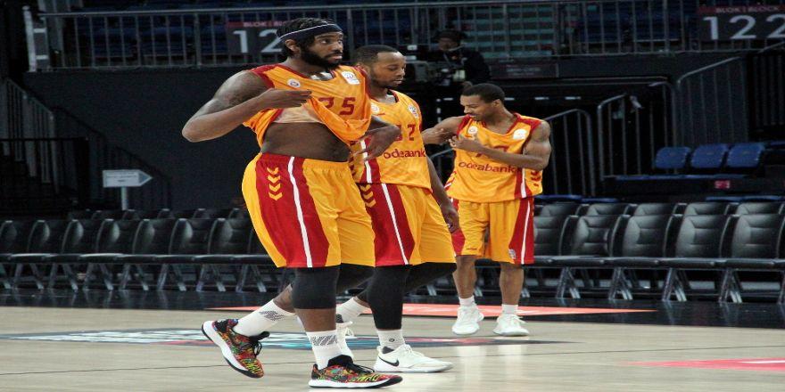 Galatasaray'ın Basketbol Derbilerinde Yüzü Gülmedi