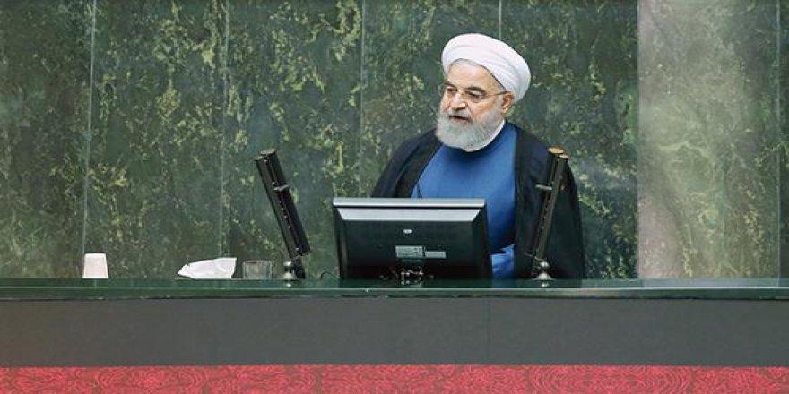 İran: Füze üretimi sürecek
