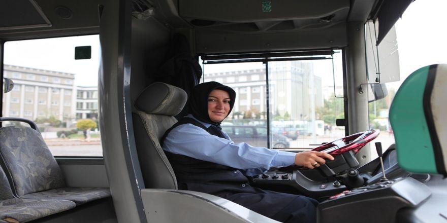 Toplu Taşımaya Kadın Eli