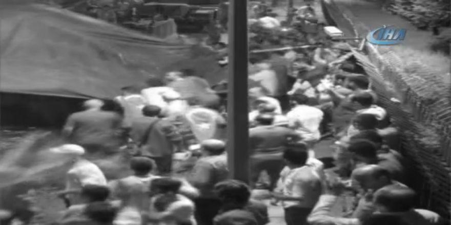 15 Temmuz'da Millet Tanklara Böyle Kafa Tutmuş