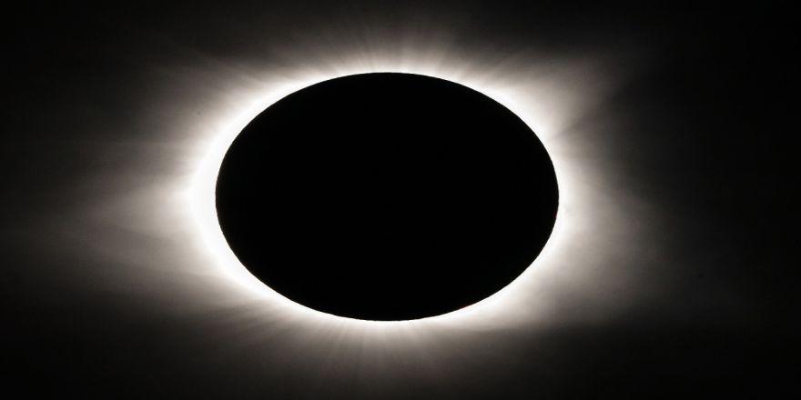 İlk Güneş Tutulması Ne Zaman Gerçekleşti ?