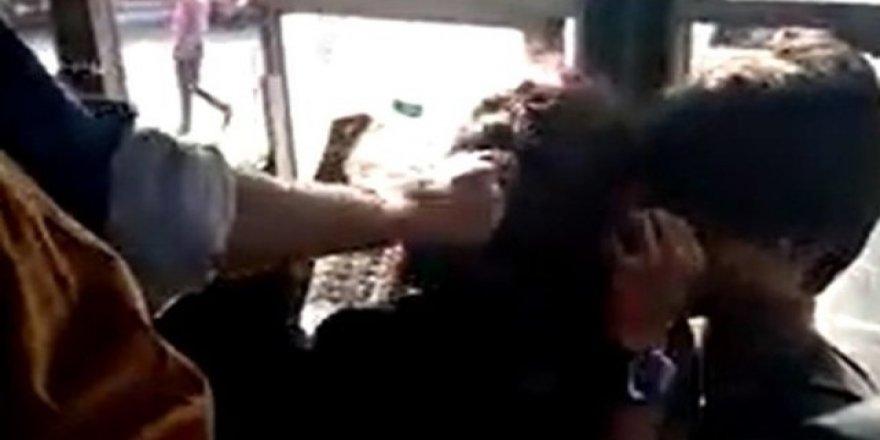 Otobüste bir çifte saldırı