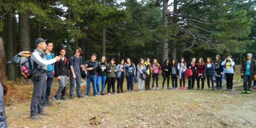 Burhaniye'de Öğrenciler Kazdağı Yürüyüşüne Katıldı