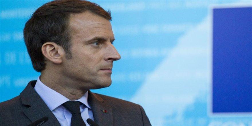 Macron: AB ders vermekten vazgeçsin