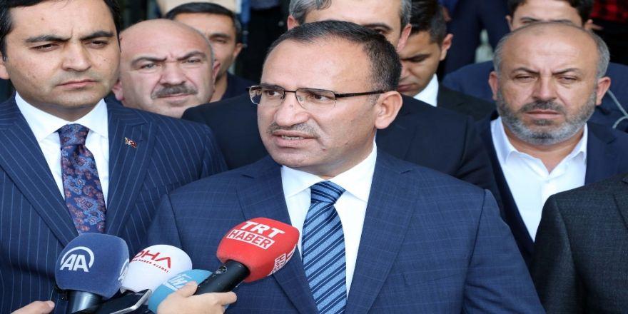 Bozdağ'dan Chp'ye 'Diktatör' Eleştirisi