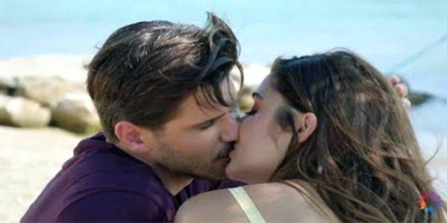 Almeda Abazi, Tolgahan Sayışman'ın öpüşme sahnelerini izledi