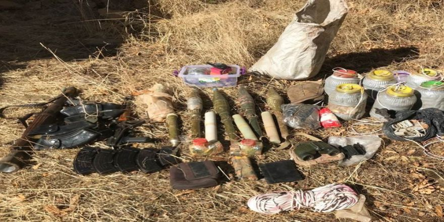 Etkisiz Hale Getirilen 9 Teröristten Cephanelik Çıktı
