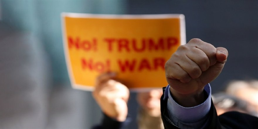 Trump'a protesto: Japonya'ya gelme