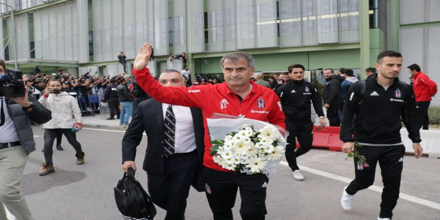 Beşiktaş İzmir'de