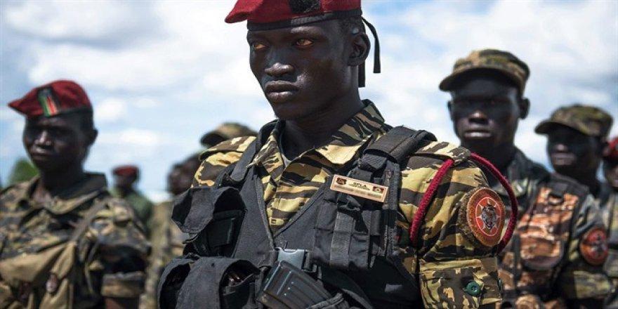 Güney Sudan'da eski genelkurmay başkanının evi kuşatıldı