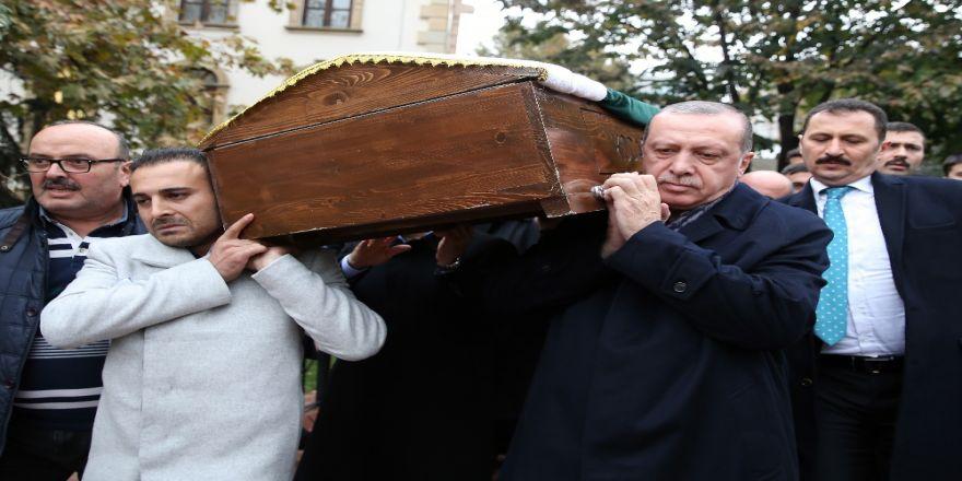 Cumhurbaşkanı Erdoğan'dan Sınıf Arkadaşına Son Görev