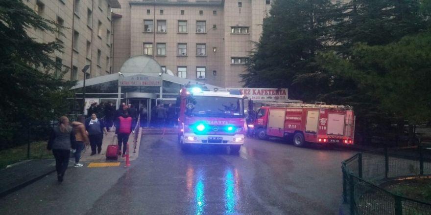 Ankara Hastanesi Kadın Doğum Kısmında Yangın