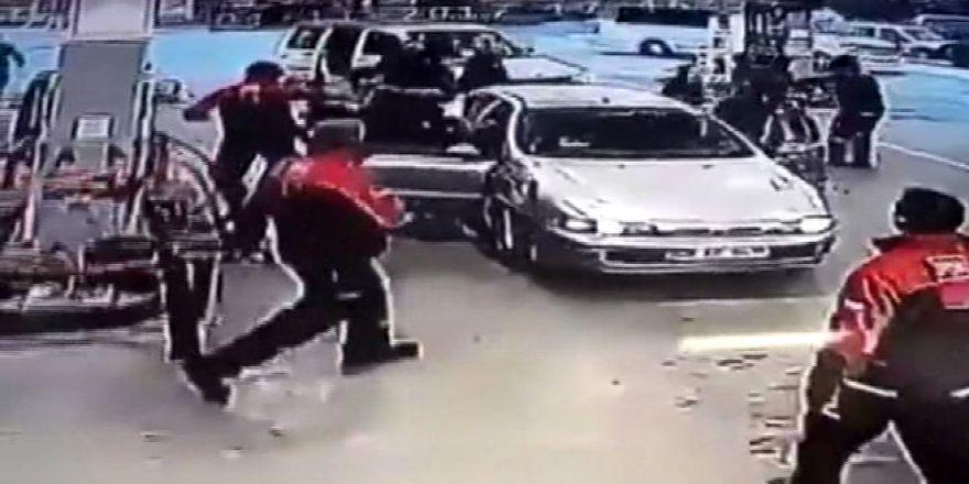 Gazilere Saldırı Kamerada: 2 Kişi Tutuklandı