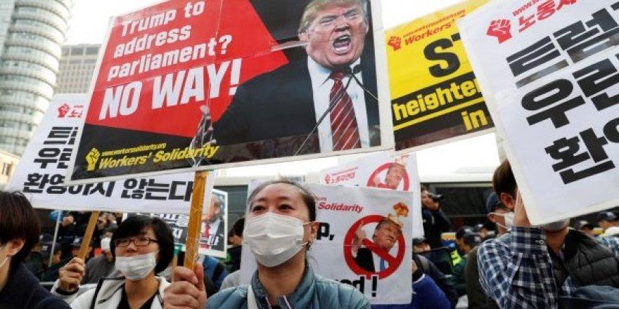 Trump'a Güney Kore'de protesto