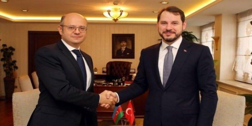 Bakan Albayrak, Azeri mevkidaşı ile görüştü
