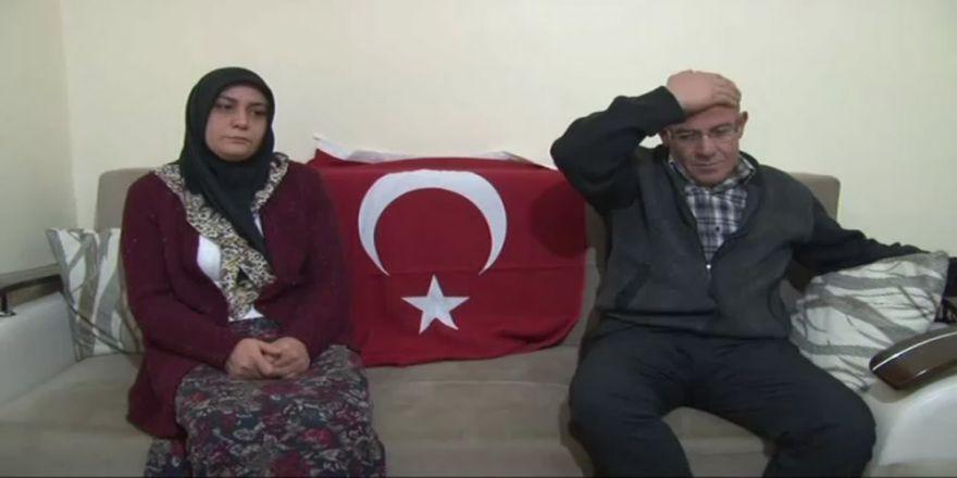 Trafikte Gazileri Darp Eden Gencin Annesi Özür Diledi