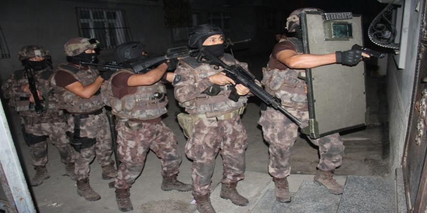 İstanbul'da Terör Operasyonu: 2 Gözaltı