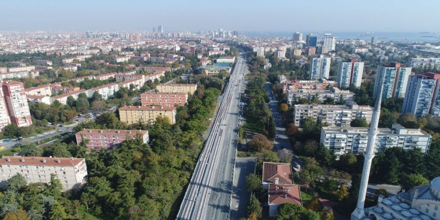 İstanbul'da Banliyö Hattının İlk Rayları Havadan Görüntülendi