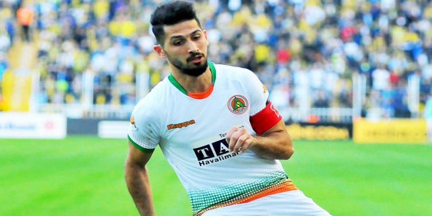 Emre Akbaba'ya transfer yasağı!