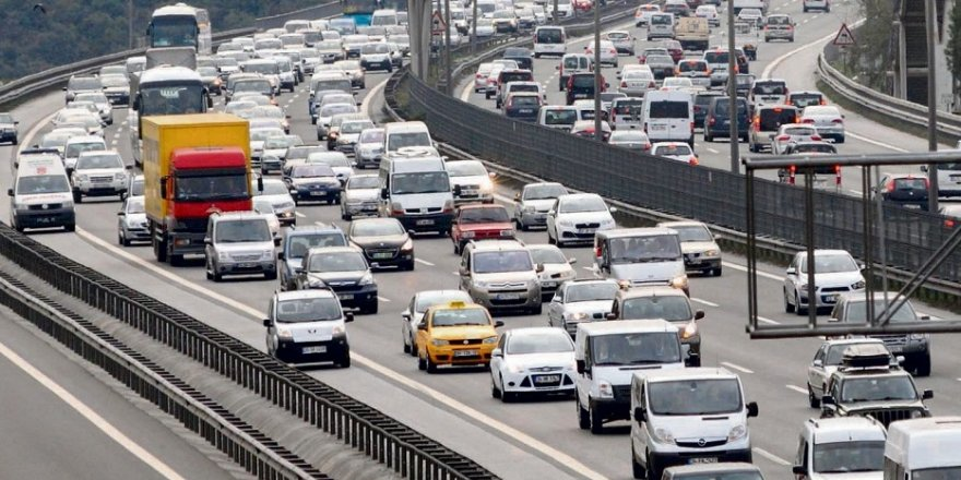 Kocaeli'de trafiğe kayıtlı kaç araç var?