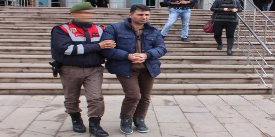 Fetö'nün Kasası Öğretmen Askeri Bölgede Yakalandı