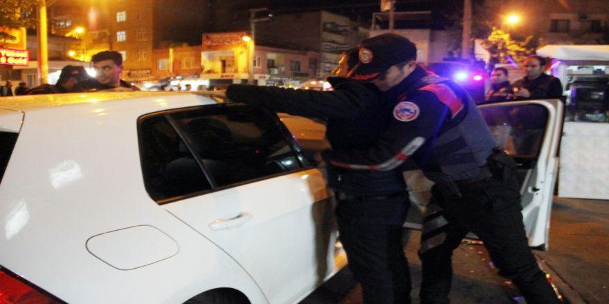 Diyarbakır'da 800 Polisle Uygulama
