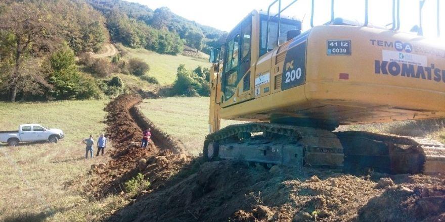 İzmit Belediyesi'nden Kırsal Alanda Kanal Çalışması