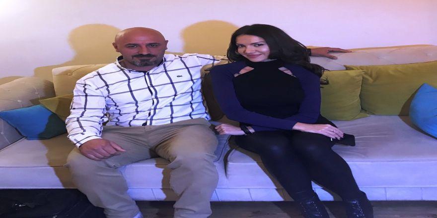 Şarkıcı Otilia Türk Karateci İle Gösteri Maçı Yapacak