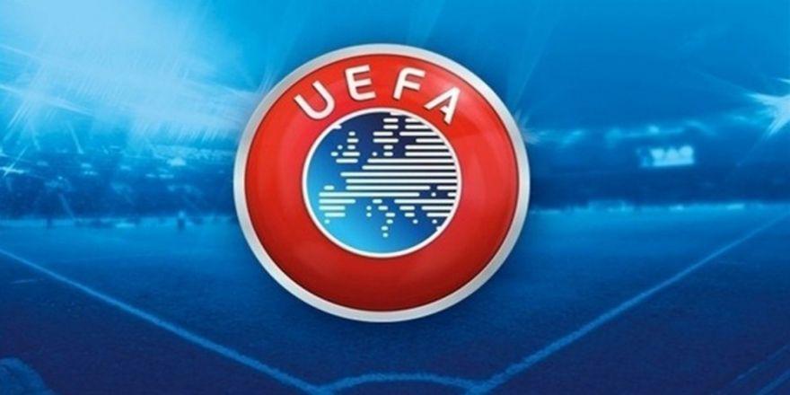 Uefa'dan Patrice Evra'ya Ceza