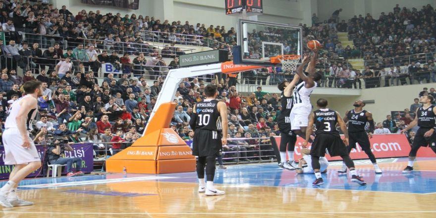Beşiktaş Sakarya'da Kazandı