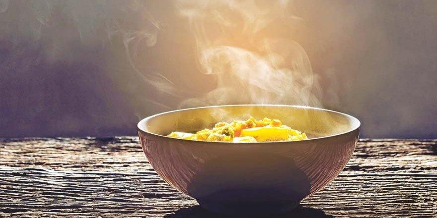 Hızlı, sıcak ve tuzlu yemeyin!