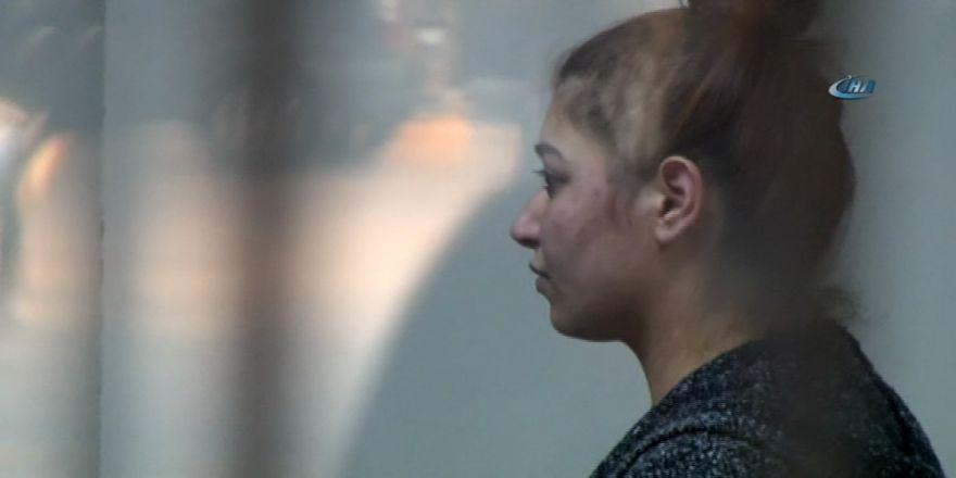 Eşi 2 Saat Boyunca Kemerle Dövdü