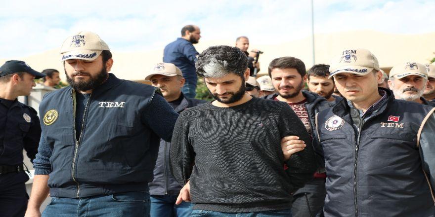 Polis Servisine Bombalı Saldırının Zanlıları Yakalandı