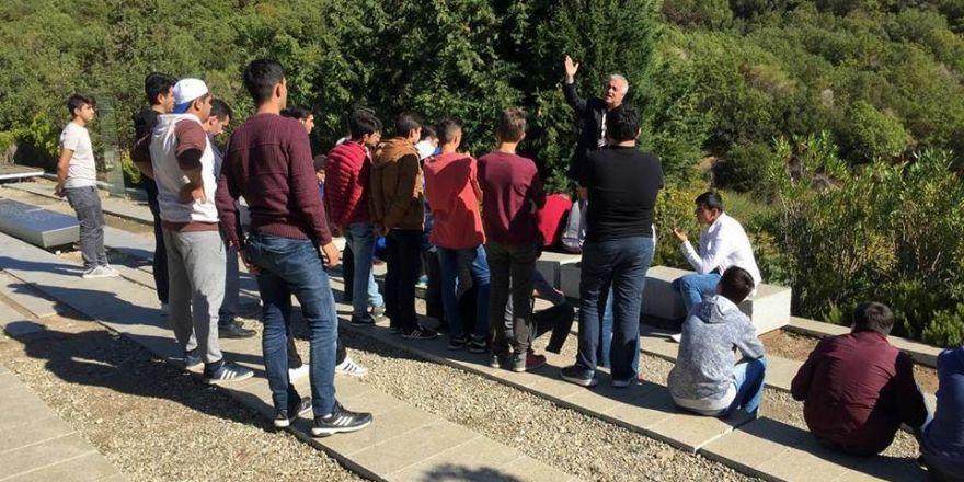 Edremitli Gençler Çanakkale'de Tarihe Yolculuk Yaptı