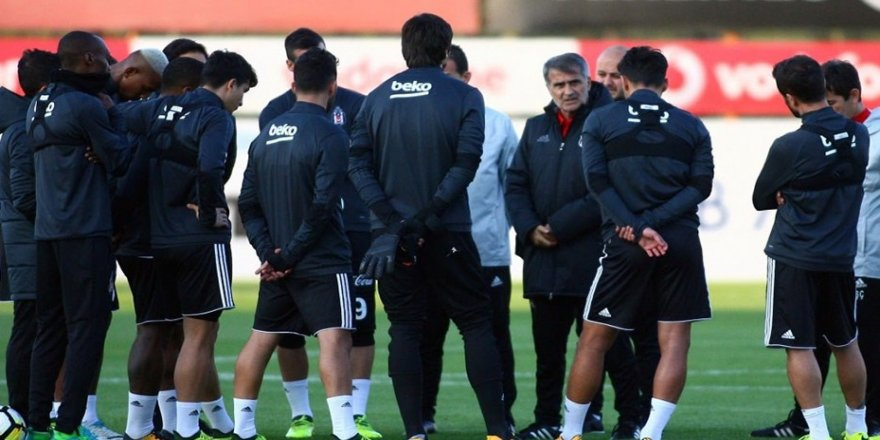 Beşiktaş devre arası 4 isimle yolları ayırıyor