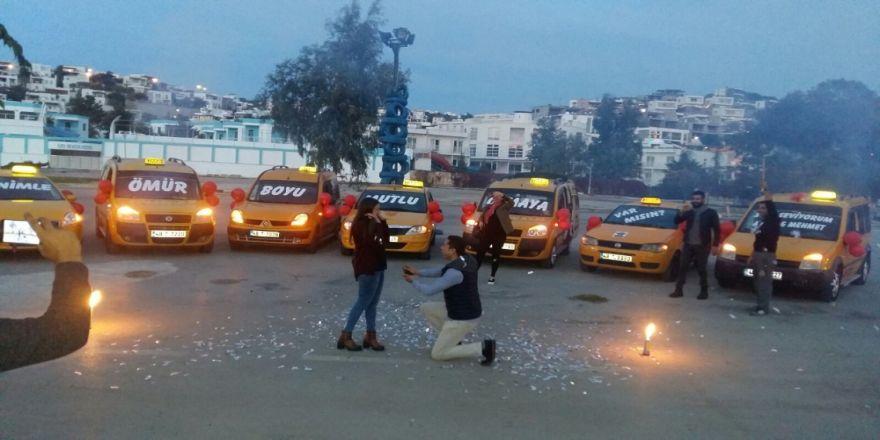 Büyük Sürpriz: Bir Anda Taksiler Yanaştı...