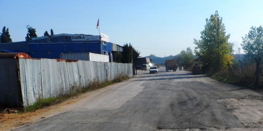 İzmit Belediyesi'nden Tüysüzler'e Asfalt