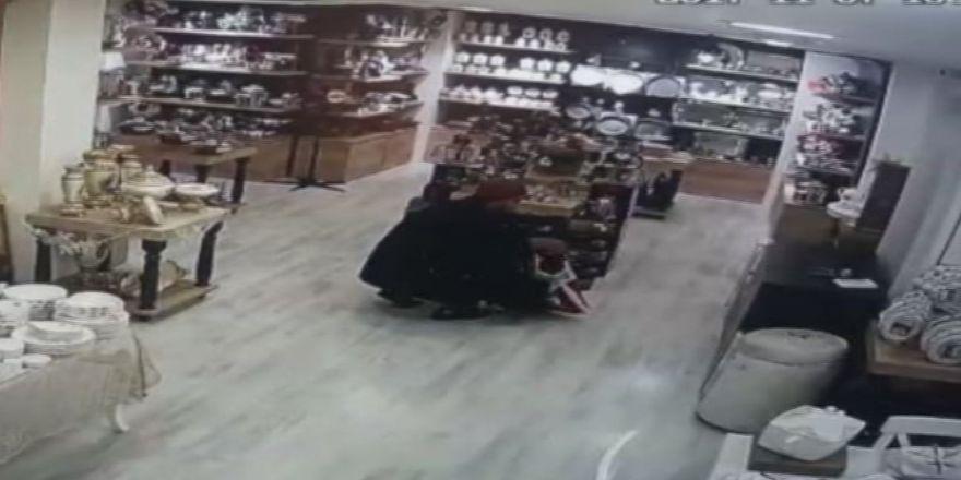 Blender Hırsızlığı Kamerada