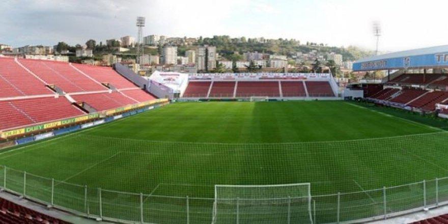 Avni Aker Stadı yıkılıyor