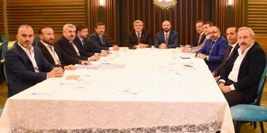 AK Parti işi sıkı tutuyor!