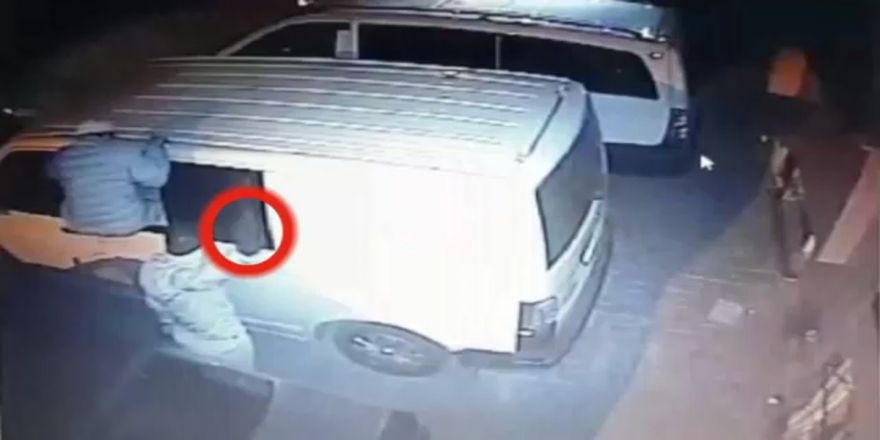 Kameraya El Sallayan Hırsızın Pişkinliği Pes Dedirtti