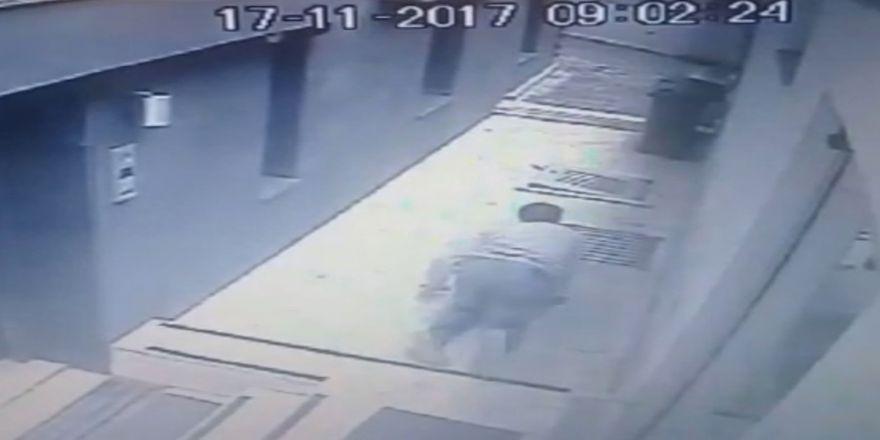 Polisle Çatışan Hırsızın Emekleyerek Kaçması Kamerada